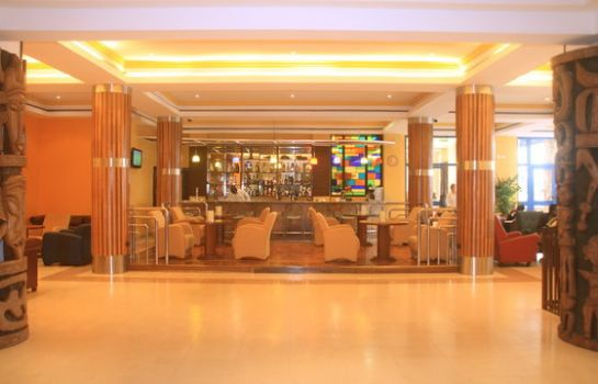 Bar del hotel Holiday Inn ACCRA AIRPORT