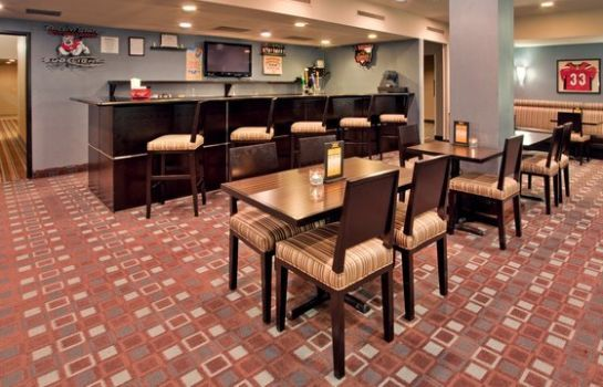 Hotel bar RADISSON FRESNO CONFERENCE CTR