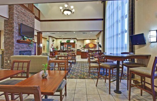 Hotel-Bar Staybridge Suites ROCHESTER UNIVERSITY