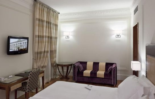 Zimmer UNAHOTELS Decò Roma