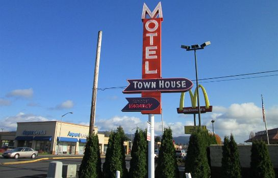 Exterior view Town House Motel Inc