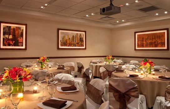 Sala de reuniones DoubleTree by Hilton New York - Times Square South