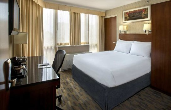 Pokój DoubleTree by Hilton New York - Times Square South