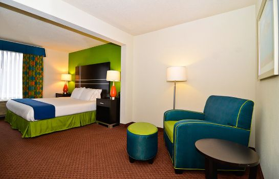 Zimmer Holiday Inn Express ATLANTA NE - I-85 CLAIRMONT