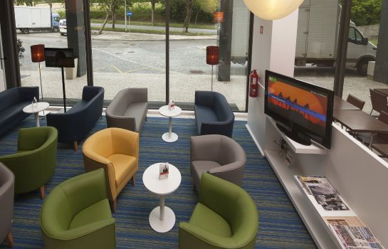 Hotelhalle Holiday Inn Express PORTO - EXPONOR