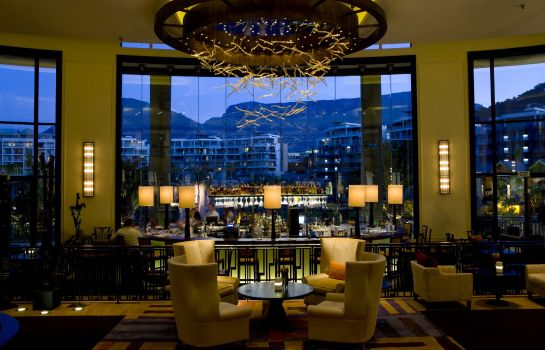 Hotel bar One & Only Cape Town
