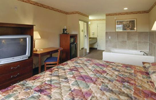 Room HOWARD JOHNSON INN AND SUITES