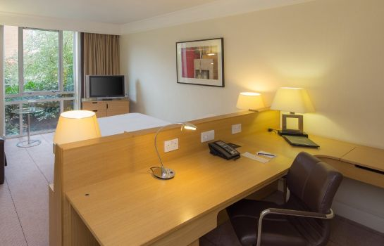 Zimmer Hilton Leicester