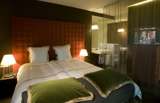 Chambre double (standard) D-Hotel