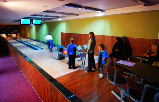 Hala do bowlingu Wellness Hotel Diplomat