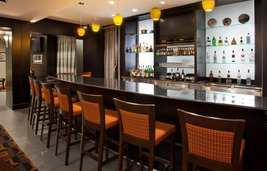 Hotel bar Holiday Inn COLUMBUS - HILLIARD
