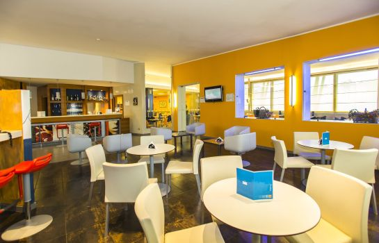 Hotel-Bar Holiday Inn Express MILAN - MALPENSA AIRPORT