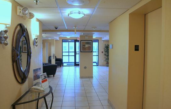 Lobby Candlewood Suites INDIANAPOLIS DWTN MEDICAL DIST