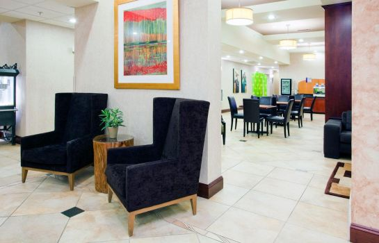 Lobby Holiday Inn Express & Suites CHARLOTTE- ARROWOOD