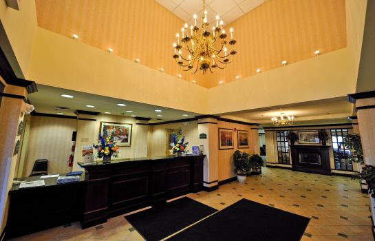 Hotelhalle Holiday Inn Express SYRACUSE AIRPORT
