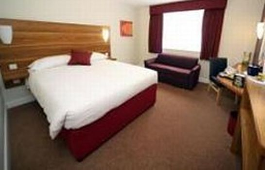 Zimmer Ramada London Stansted Airport Welcome Break
