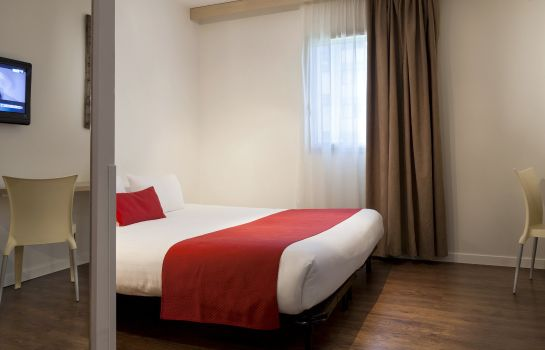 Zimmer Sure Hotel by Best Western Nantes Beaujoire