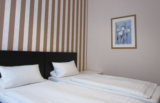 Double room (standard) Pension Charlottenburg