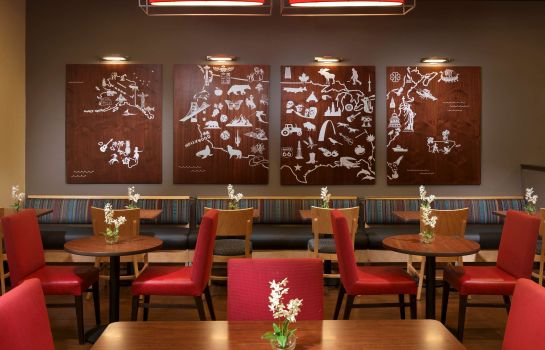 Restaurant TownePlace Suites Houston Intercontinental Airport