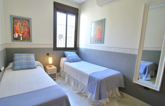 Double room (standard) Living Sevilla San Lorenzo Apartments