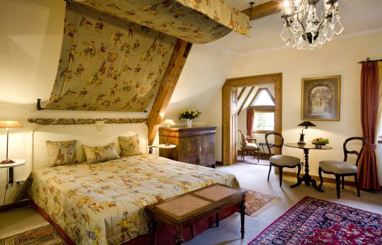 Triple room Burg Arras