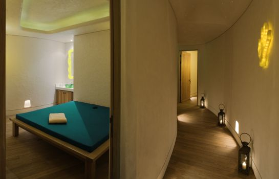 Massage room Symphony Style Kuwait A Radisson Collection Hotel Symphony Style Kuwait A Radisson Collection Hotel
