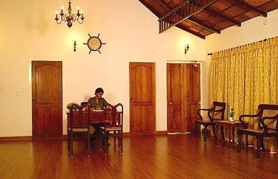 Hotelhal The Poovath Heritage - An Amritara Resort