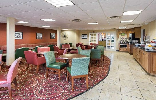 Restaurant Comfort Suites Airport