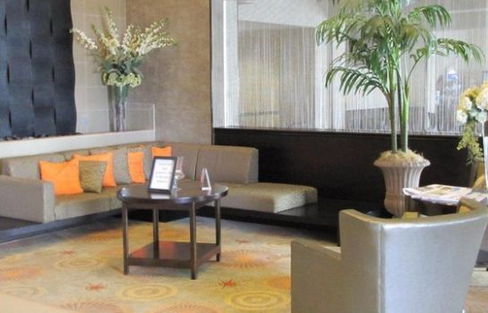 Hotelhalle Holiday Inn Express & Suites DALLAS EAST - FAIR PARK
