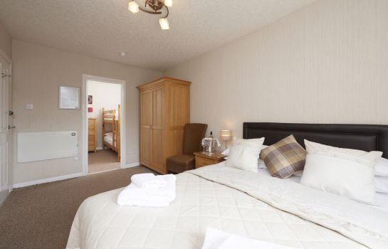 Four-bed room Loch Ness Clansman