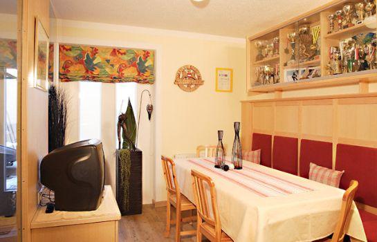 Reception Haus Aktiv U0026 Dependance Villa Alpin Pension