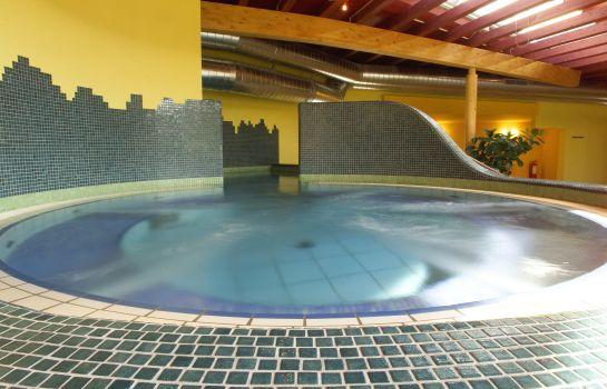 Whirlpool H2O Hotel Therme Resort