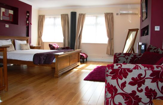 Double room (superior) Thurrock Hotel