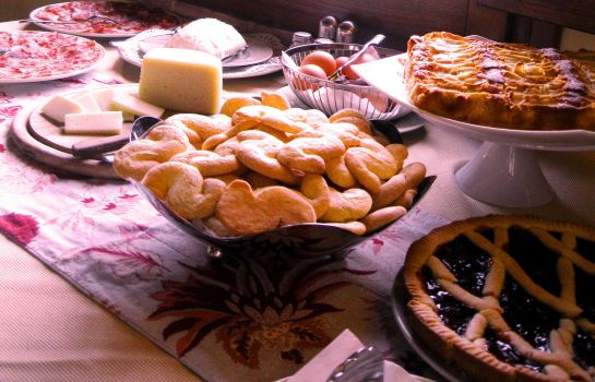 Breakfast buffet Sovana Hotel & Resort