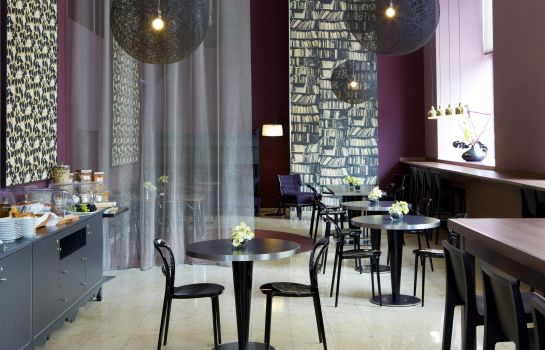 Breakfast room Aparthotel Adagio Vienna City