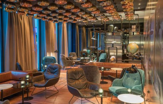 Hotelbar Motel One Airport