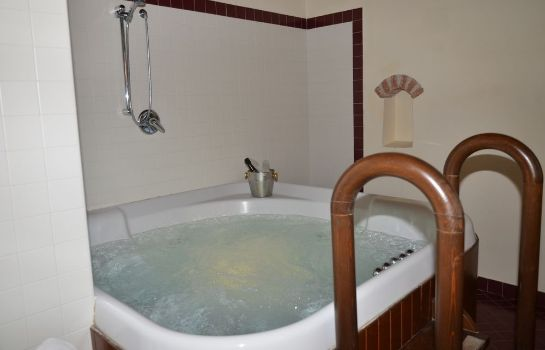 Badezimmer Villa dei Cedri Thermal Park & Natural Spa