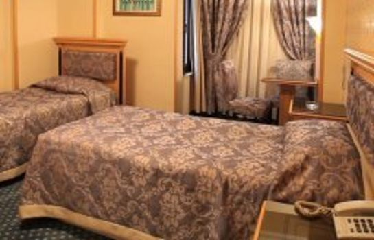Chambre triple Grand Hisar Hotel