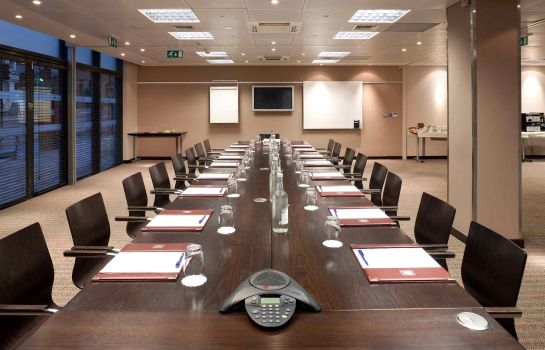 Conference room ibis Styles London Southwark Rose