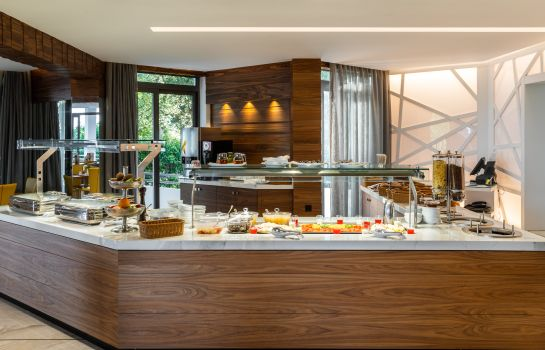 Breakfast buffet Poseidon Hotel