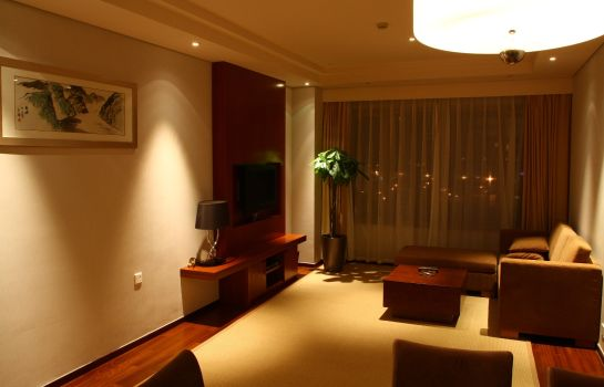 Suite Richview Hotel