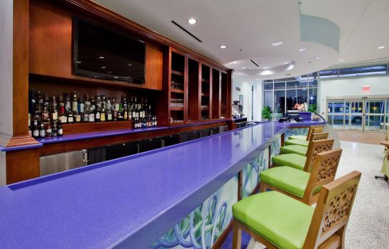Hotel bar Hotel Indigo RALEIGH DURHAM AIRPORT AT RTP