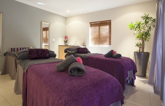 Massage room Devonvale Golf & Wine Estate