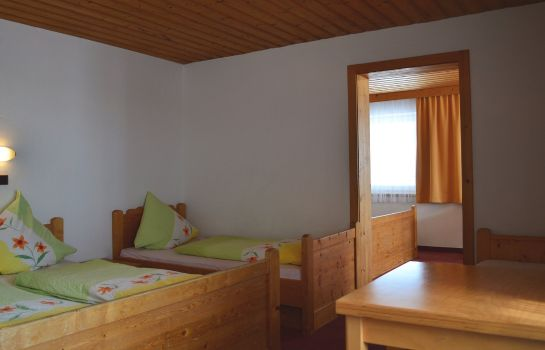 Four-bed room Pension Leitenhof