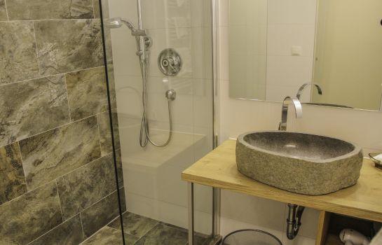 Badezimmer Natur Residenz Anger Alm