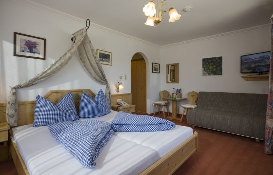 Chambre double (standard) Pension Claudia: 4* Genuss - 3* Preis