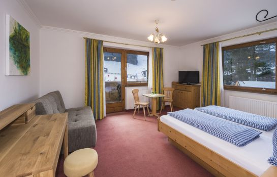 Chambre double (confort) Pension Claudia: 4* Genuss - 3* Preis