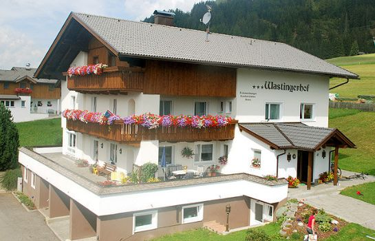 Außenansicht Appartements Wastingerhof - Fam. Gerald Scherer Pension