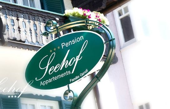 Empfang Seehof Appartements Pension