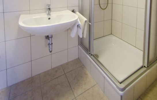 Badezimmer Cafe-Pension Familie Parzer